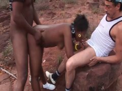africano trío orgía de mierda. extrema africano trío orgía de mierda con un