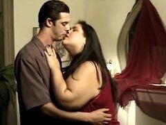 Gorda cachonda Latina novia serio follando su novio, novia gorda Latina es tan caliente y seriamente se folla a su novio hardcore.