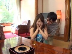 Tres Maduritas japoneses presumen de sus grandes tetas naturales en clip de realidad