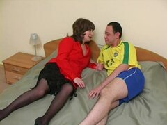 Sexy mujer madura rusa experiencias polla dura de un hombre viril