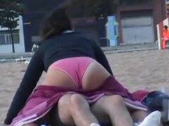 Spy voyeur Miron España playas, 100 videos en esta serie, más de 50 horas. Lee mi Blog en xHamster