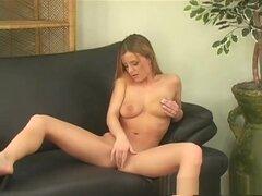 Increíble pornostar Denise Klarskov en mejor chica solas, porno tetas grandes video, que Denise Klarskov es tan hermoso, es difícil creer que ella tiene que sentarse en su sofá de cuero solo y realizar una masturbación individual con un cuerpo tan fino co